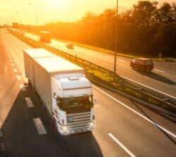 Ile kosztuje jeżdżenie autostradami poPolsce? – koszty autostrad w2018 roku