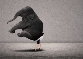Jak banki i firmy pożyczkowe żerują na klientach? Przeczytaj, zanim weźmiesz pożyczkę!