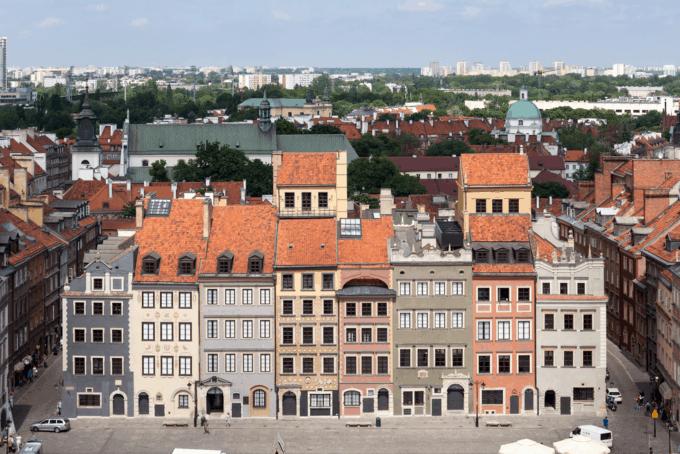 Widok naRynek Starego Miasta wWarszawie