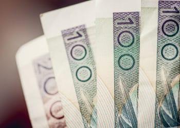 Obligacje skarbowe dla beneficjentów 500 plus - czy warto w nie inwestować?
