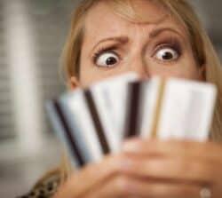 System Zastrzegania Kart – jak zastrzec kartę bankową?