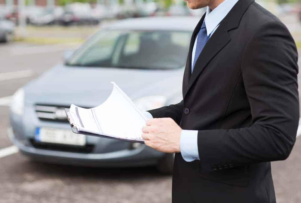 Umowa kupna-sprzedaży pojazdu [wzór umowy w PDF]