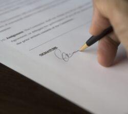 Kredyt bezzgody współmałżonka – dojakiej kwoty można wziąć?