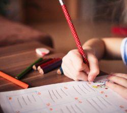 Jak uczyć dzieci finansów?