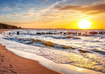 Ile kosztują wakacje nadpolskim morzem?