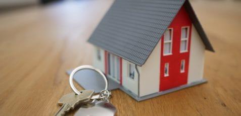 Sprzedaż mieszkania z kredytem hipotecznym – jak to zrobić i jakie formalności trzeba spełnić??