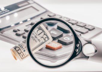Zwrot prowizji bankowej zawcześniejszą spłatę kredytu – komuprzysługuje?