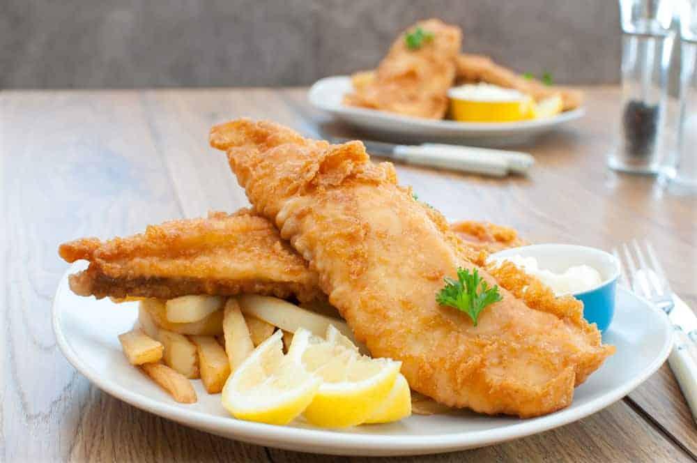 Koszt jedzenia nadmorzem - ryba zfrytkami