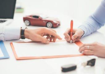 Polisa OC – czym jest ikiedy jest potrzebna? Ubezpieczenie auta iinne rodzaje OC