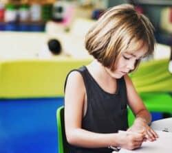 Ubezpieczenie szkolne dla dziecka – wybór irodzaje. Czymożna samemu wybrać ubezpieczenie?